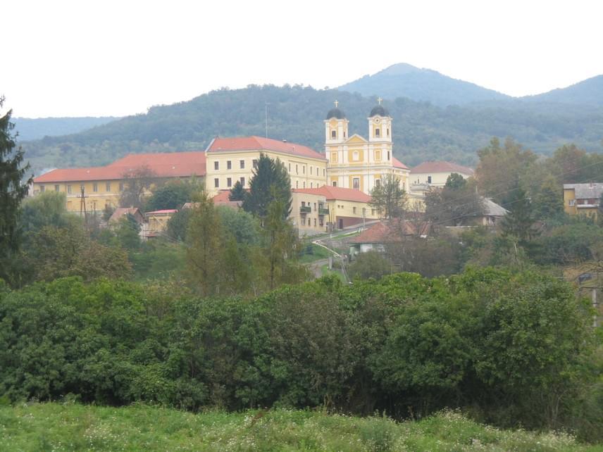 A kolostor és a Magyarok Nagyasszonya-plébániatemplom a rend feloszlatásáig maradt a pálosoké.