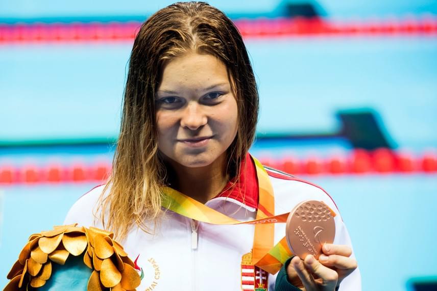 Az S10-es sérültségi kategóriában versenyző Pap Bianka kétszer is dobogós lett. A 16 éves magyar versenyző a riói paralimpia vasárnapi versenynapján bronzérmet szerzett 200 méteres vegyes úszásban, egy nappal korábban pedig 100 méter háton ezüstérmes lett. Ez a magyar küldöttség negyedik érme Rióban, két ezüst mellett a második bronz.