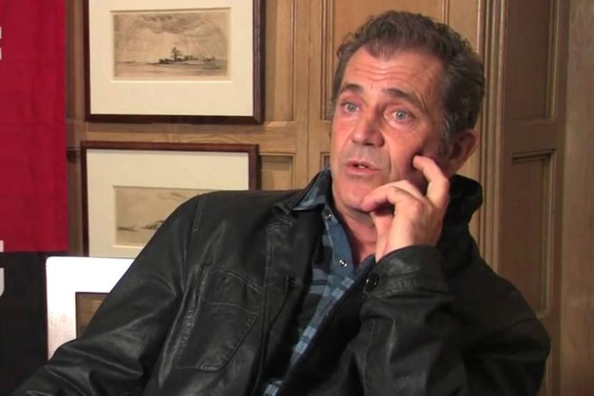Mel Gibsonnak elszállt az agya 2003-ban, amikor egy riporter feltett neki egy kérdést arról, hogy melyik volt a kedvenc forgatási helyszíne. Különösebb ok nélkül kiabálni kezdett vele, majd a felvétel végén még káromkodott is.
