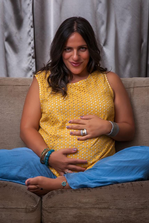 Palya Bea pár héttel ezelőtt, szeptember elején egy rádióműsorban árulta el, hogy ismét babát vár. Az énekesnő - akinek pocakja már szépen gömbölyödik - már azt is tudja, második gyermeke, csak úgy, mint az első, kislány lesz.
