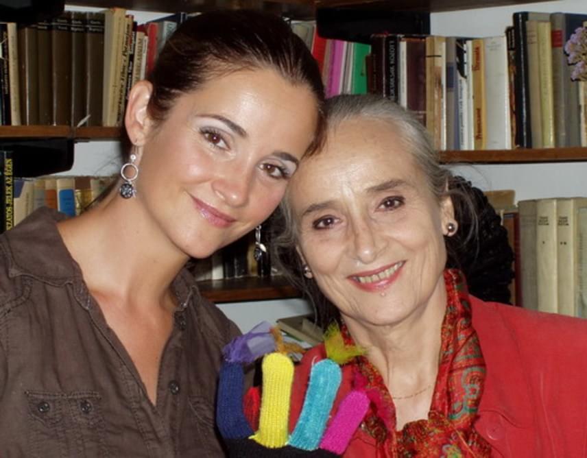 Nagy Anna színésznőnek Huszárik Zoltán rendezőtől egy lánya születetett, a most 45 éves Huszárik Kata, aki édesanyjához hasonlóan színésznő. A nézőknek a Barátok közt Kertész Mónikájaként is ismerős lehet, de csak a hangja alapján is sokan felismerik, mert sokat szinkronizál.