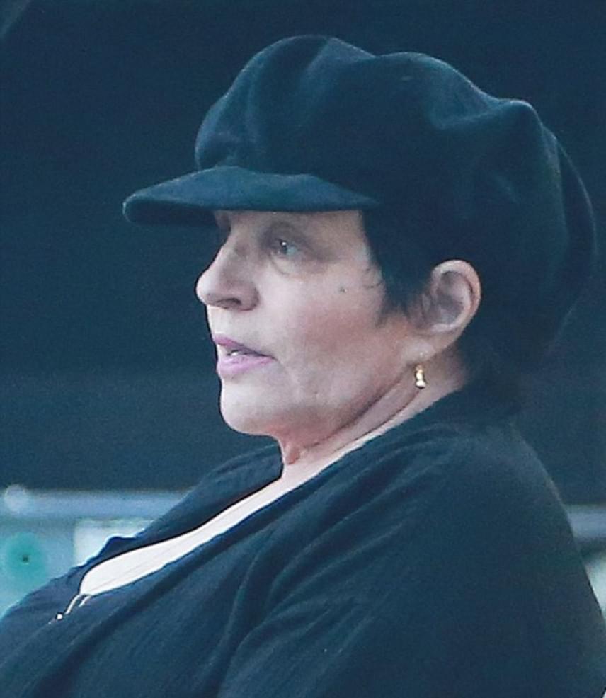 Liza Minnelli korábban alkohol- és drogfüggőséggel küzdött. Tavaly ismét megjárta a rehabot, azóta pedig pasadenai otthonában, visszavonultan él.