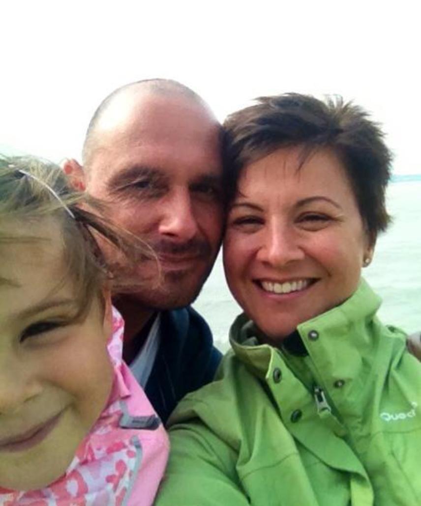 Ábel Anita és Krisztián 11 évvel ezelőtt, 2005 októberében fogadott örök hűséget egymásnak. Kislányuk, Luca ma már nyolc éves.