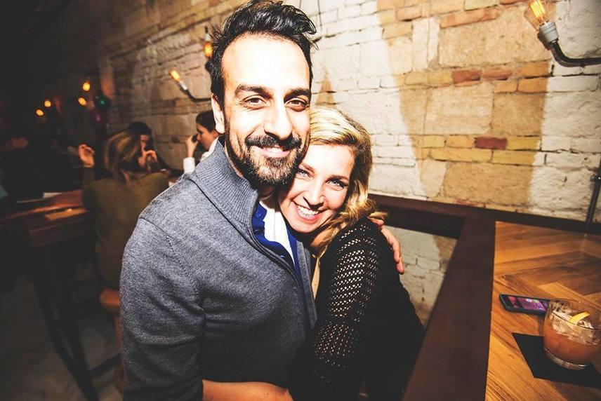 Az MTVA műsorvezetője, Novodomszky Éva egy nyaraláson szeretett bele a szicíliai Salvóba, aki csak miatta hagyta el hazáját és költözött Magyarországra. A pár 2004-ben házasodott össze, kapcsolatukból két fiú született, Cristiano és Marco.