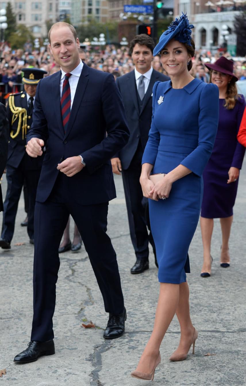 Gyönyörű párt alkot Vilmos herceg és Katalin hercegné. Látszik, hogy remekül érzik magukat Kanadában, ami nem is csoda, hiszen előző látogatásuk után is sok szép emlékkel tértek haza.