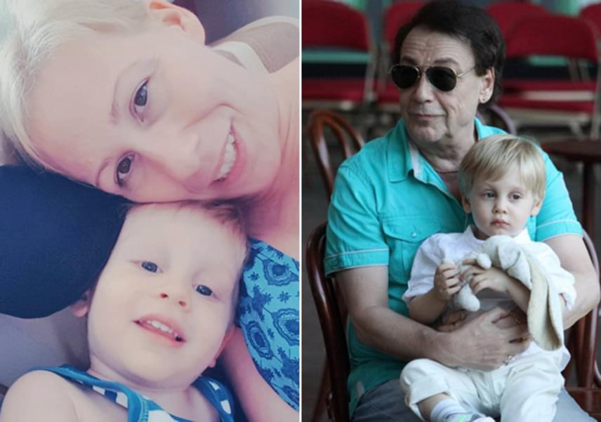 A tündéri unoka, Balázs már most elképesztően hasonlít édesanyjára, tejfölszőke haját és vonásait is tőle örökölte. A jobb oldali fotón a büszke nagypapával, Fenyő Miklóssal.