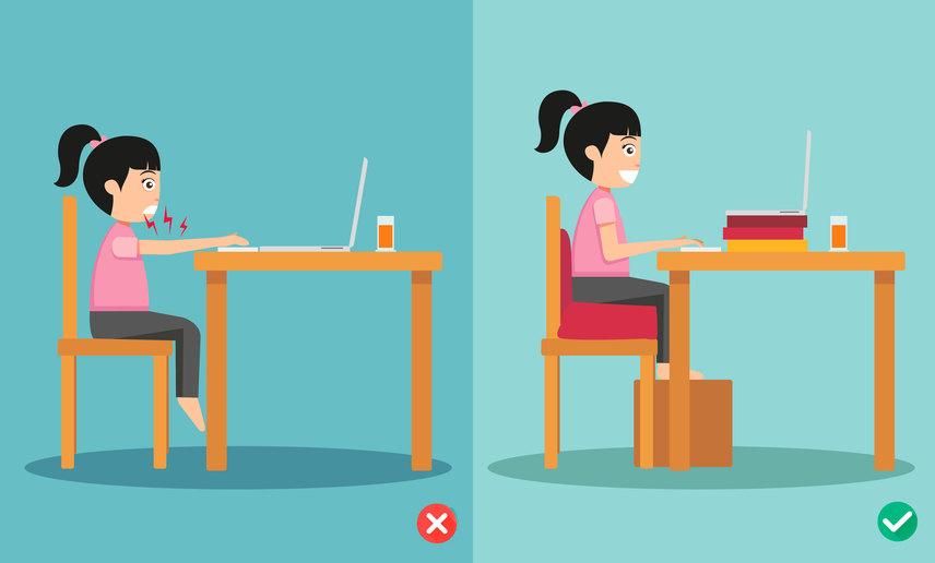 Ha a gyerek asztalnál ül, mindenképpen győződjetek meg arról, hogy az nem túl magas-e számára. Gondoskodjatok ülésmagasításról és lábai alátámasztásáról is. A túl magas asztal nemcsak kényelmetlen a gyereknek, de a karját felfelé, illetve előre kell nyújtania, az megfeszül, így könyökét megterheli.