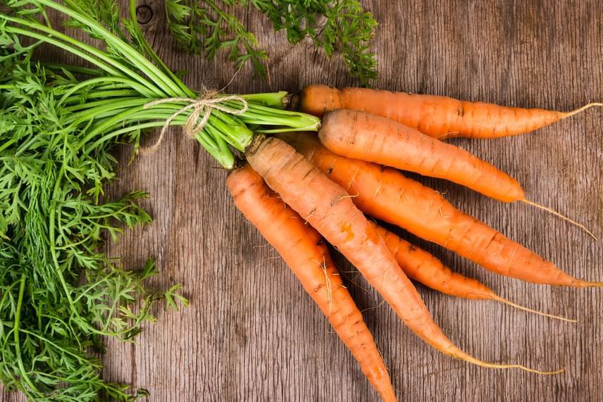 Bármilyen meglepő, a legtöbb vegyszerrel kezelt növények közé sorolta Kris Carr a sárgarépát is.