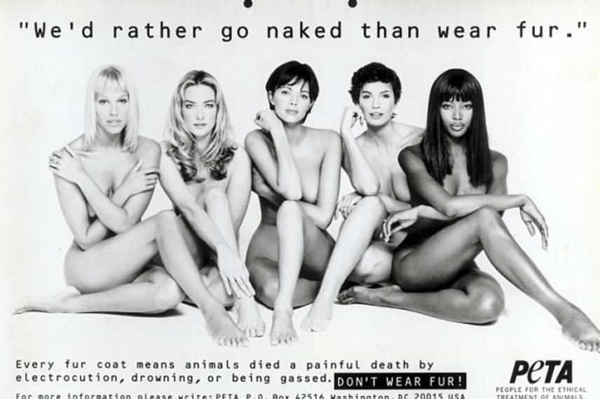 1994-ben Naomi is büszkén szerepelt az állatvédő egyesület plakátjain, amin a valódi szőrme ellen szólaltak fel a pucérra vetkőzött modellek.