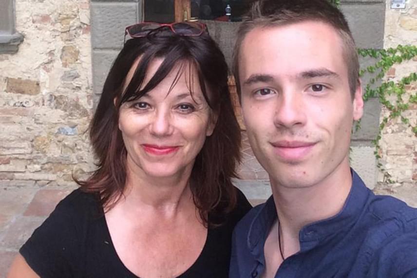 Vágási Jutka megformálójának, Ivancsics Ilonának egy fia született, a 26 éves Bence jelenleg Londonban él, és fotográfusként dolgozik.