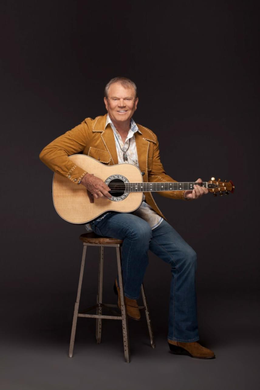A countryénekes Glenn Campbellnek is le kellett mondania a zenei karrierjéről a betegsége miatt - 2011-ben egy utolsó turnét adva búcsúzott a rajongóitól.