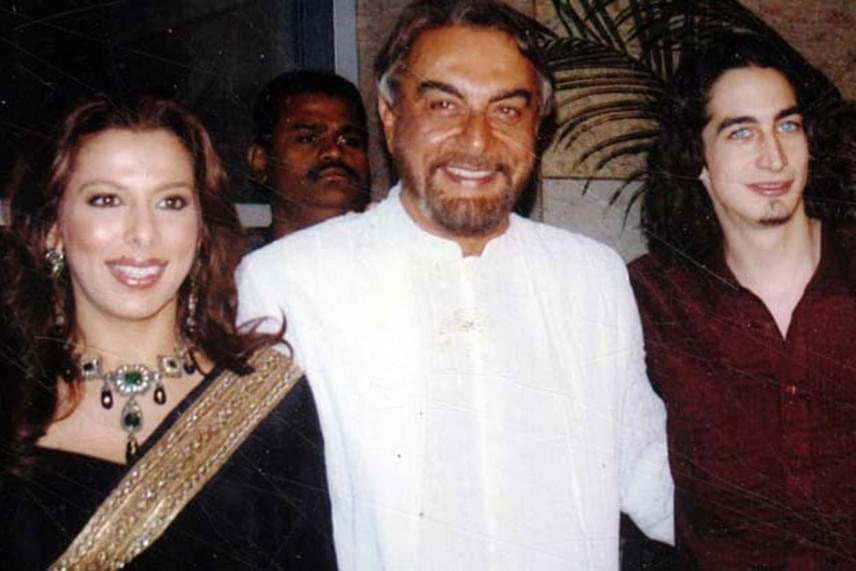 Kabir Bedi lánya, Pooja Bedi is igazi szépség: sokan Eva Longoriához, a Született feleségek főszereplőjéhez hasonlítják - ráadásul ő is színészkedik.
