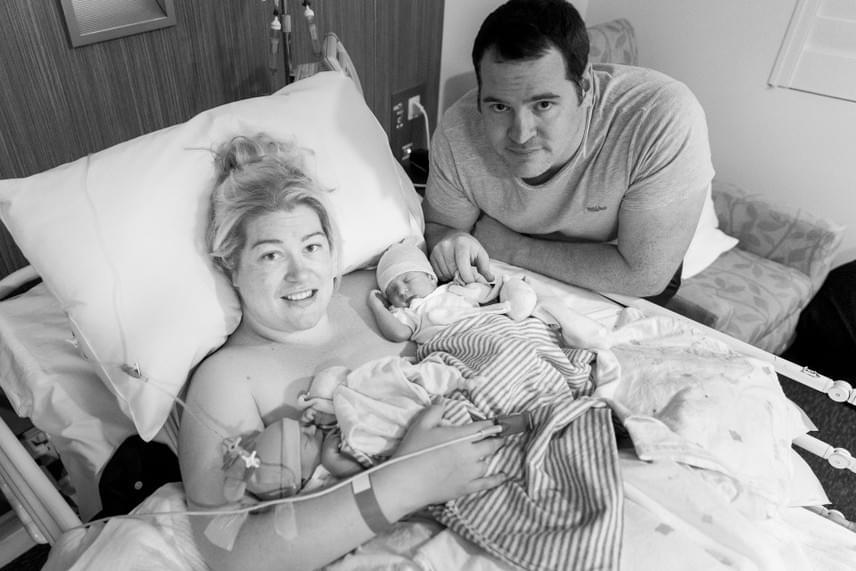 Szerencsére mire megszülettek, egyikük sem volt különösebb hátrányban vagy előnyben a másikhoz képest, így Kate és férje két egészséges babát köszönthetett a szülőszobán.