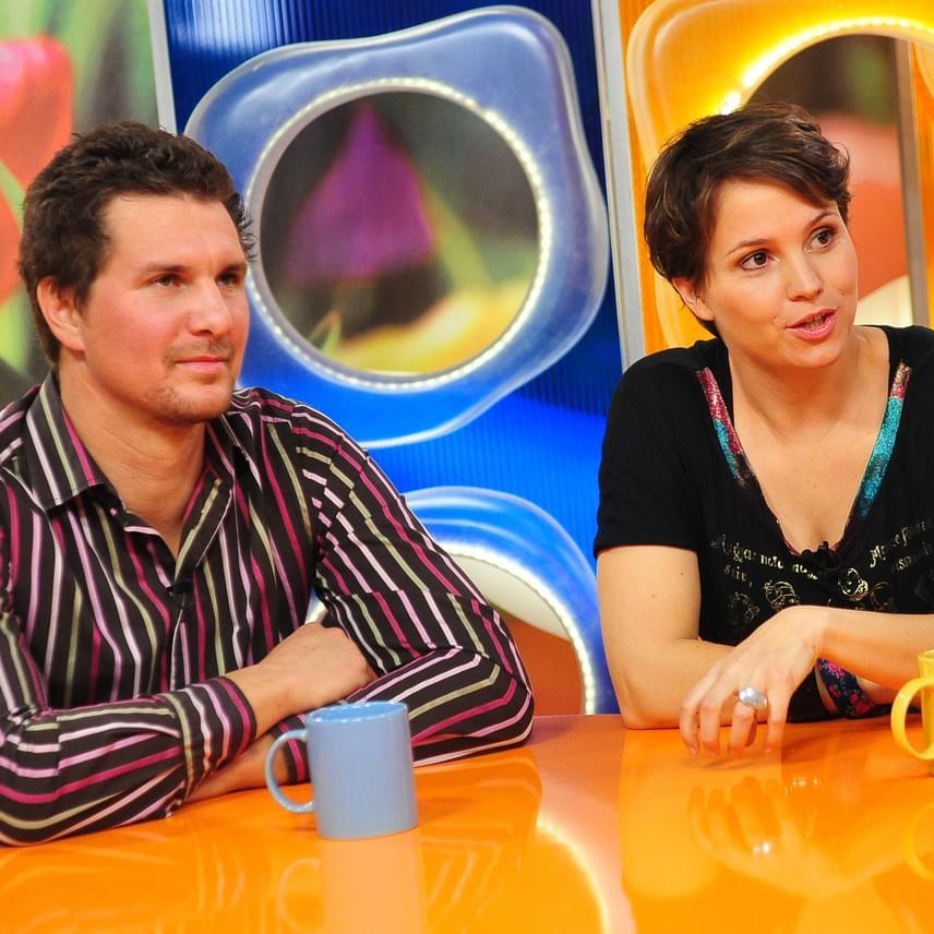 Nagy Ervin tíz évig alkotott egy párt a Matyódesign tervezőjével, Váczi Rozival, aki 2010 májusában egy kislánnyal ajándékozta meg. A Válótársak című sorozat színésze december végén árulta el, hogy már egy éve külön élnek.