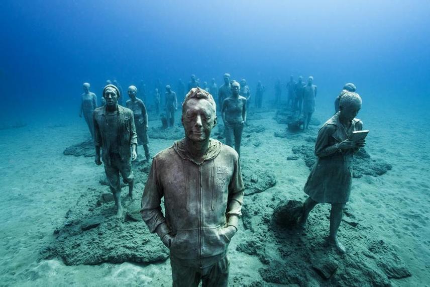Fontos cél volt, hogy a múzeum semmiben se zavarja a tengeri életet, inkább egységet alkossanak. A művész számára elsődleges szempont a környezettudatosság.