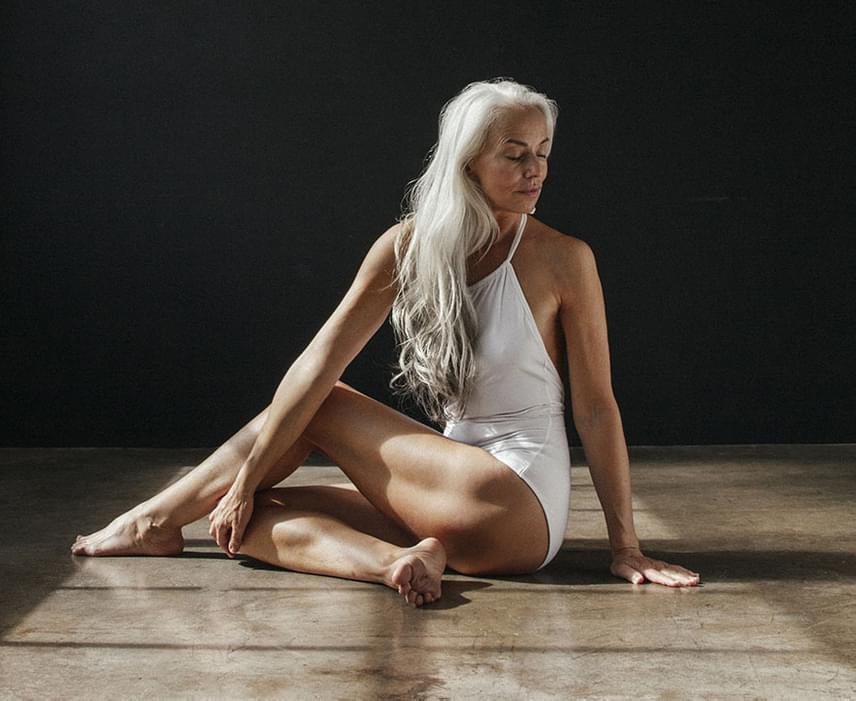 Fotói a The Dreslyn online fürdőruha-webáruház és a Land of Women fehérneműmárka közös kampánya keretében készültek.