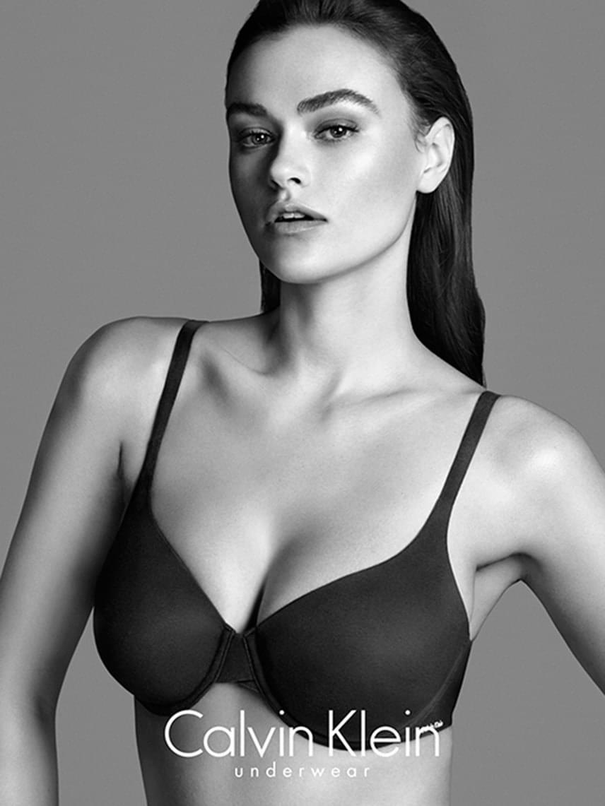 Ez a 2014-es Calvin Klein kampányfotó is nagy vihart kavart, mivel a divatmárka plus size modellként hirdette őt. Az Elle magazinnak adott interjújában Myla elmondta, hogy valóban nagyobb hölgy, mint akiket korábban felkért a cég, ennek ellenére nem tartja magát ducimodellnek.