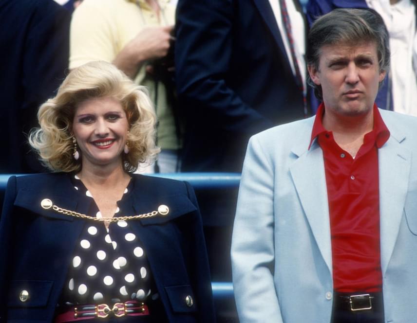 Házasságuk a kilencvenes évek elejére azonban megromlott. Végül 15 év után, 1992-ben váltak el, ebben pedig egy másik nő is szerepet játszott.