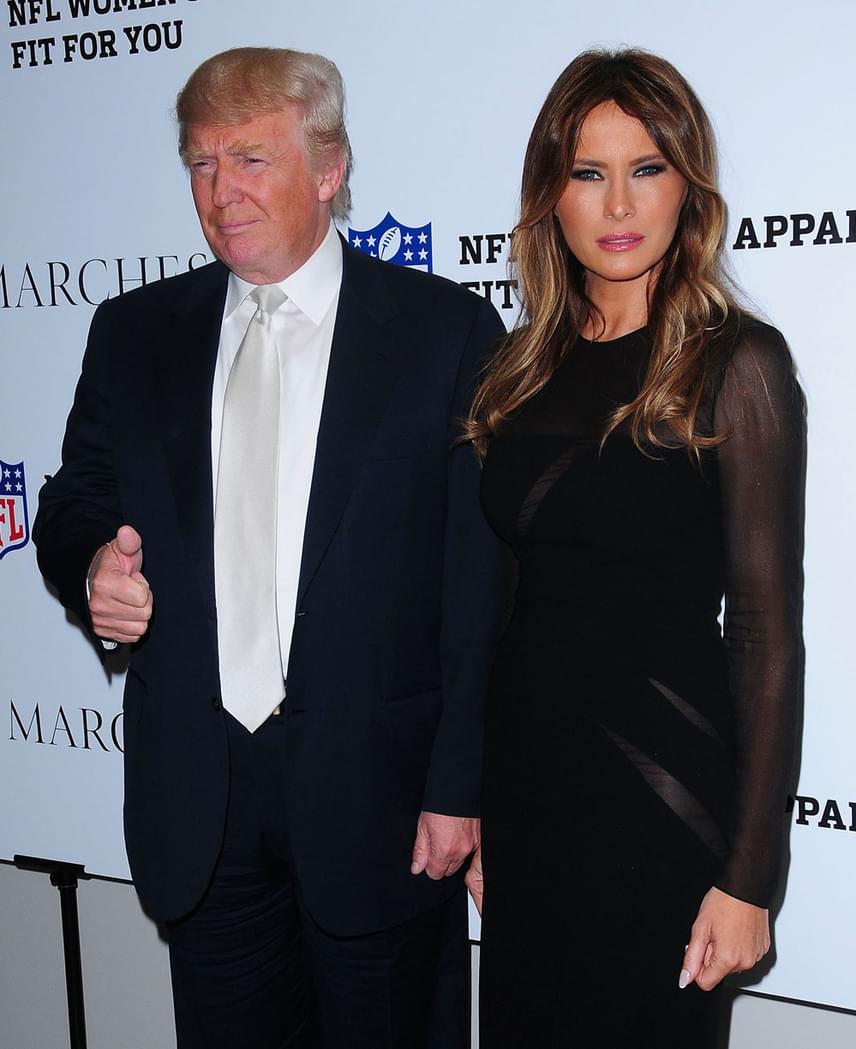 Trump 1998-ban jött össze Melania Knauss szlovén modellel, aki a harmadik felesége lett. Trump 2004-ben jegyezte el, esküvőjükre pedig 2005 januárjában került sor Palm Beach-en.