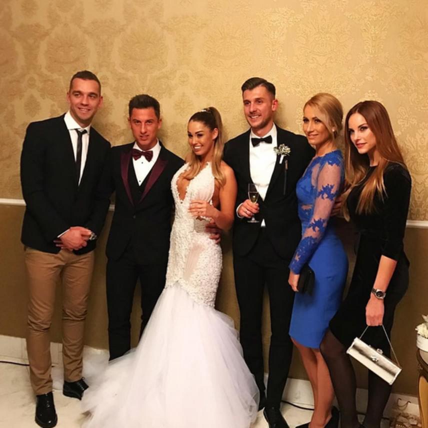 A közel százfős lagzin több híresség is az ifjú párral ünnepelt, így például Lipcsei Betta volt szépségkirálynő, műsorvezető és párja, Juhász Roland focista.
