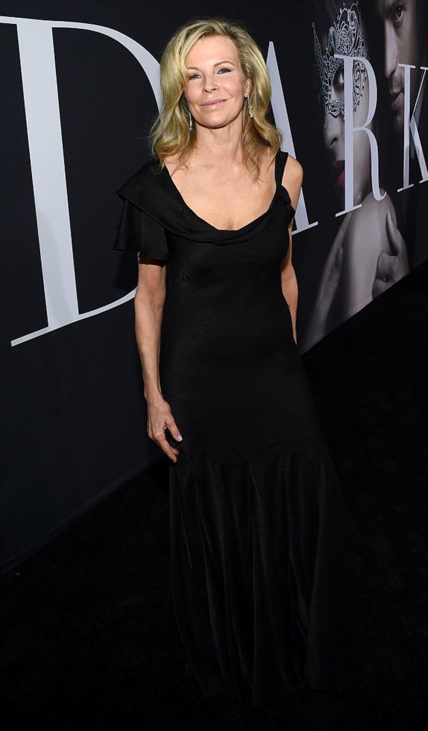 Az Oscar-díjas színésznő botoxtól merev mosolyát látva szomorúan konstatáltuk, hogy ő is túlzásba vitte a plasztikáztatást.