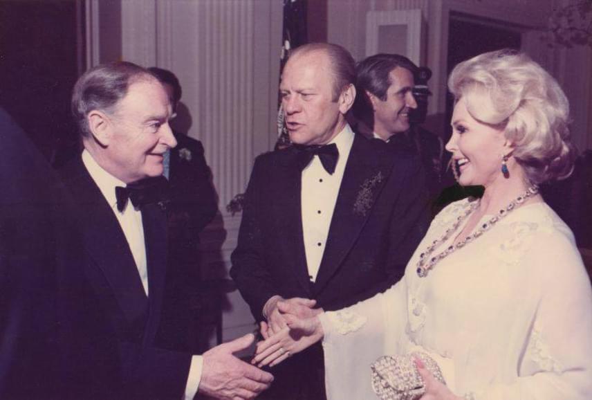 Gábor Zsazsa 1975-ben a Fehér Házban Gerald Ford elnökkel.