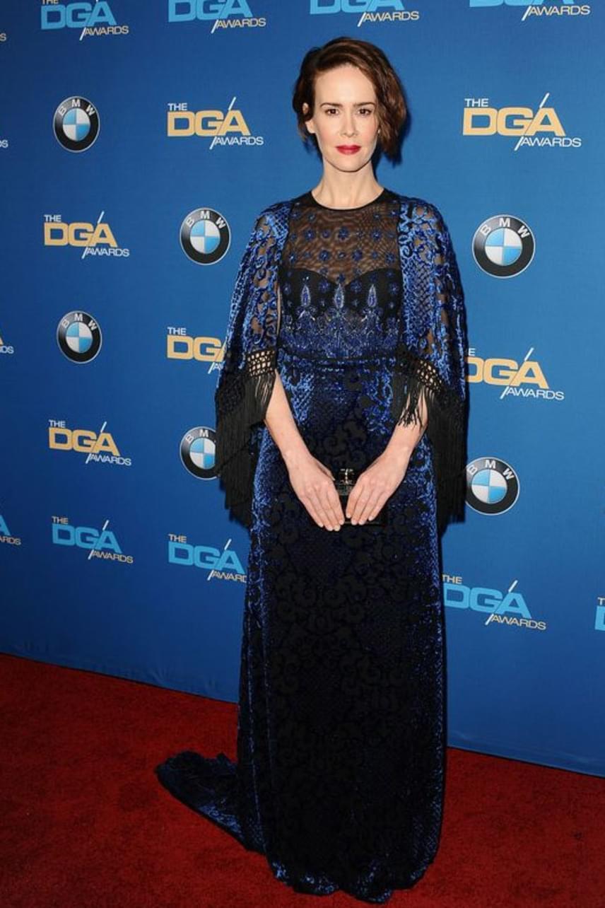 Az Amerikai Horror Story sztárja, Sarah Paulson ruhája kifinomult stílusról árulkodik - remekül állt neki ez a csipkecsoda.