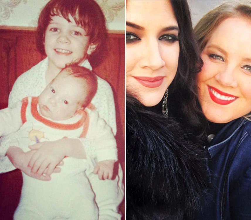 Tóth Vera és Tóth Gabi 1988-ban. A bűbájos énekesnők azóta is nagyon szeretik egymást, közös fotóik erről tanúskodnak.