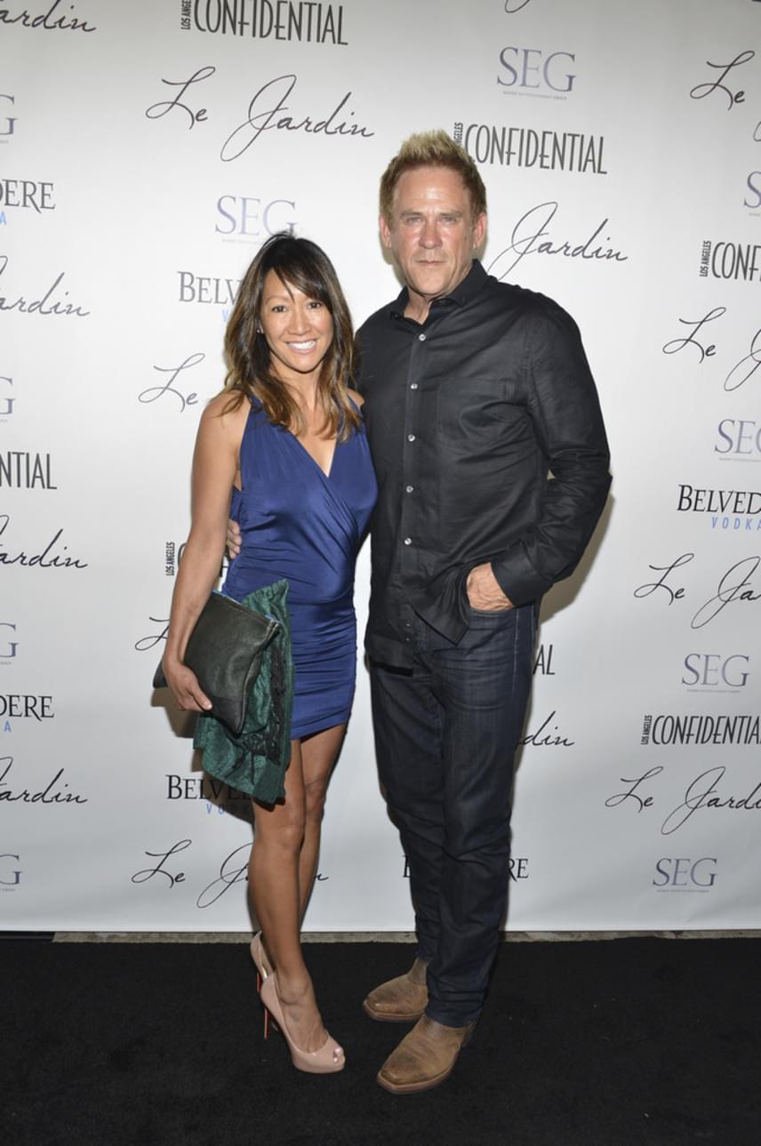 Michael Dudikoff 2004-ben vette feleségül Belle-t, akivel immáron mintegy 15 éve él boldog házasságban.