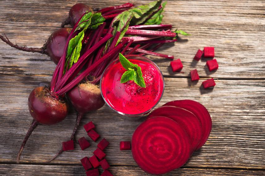 A cékla ásványianyag- és vitaminforrás, az immunrendszer hatékony támogatója. Betanin nevű antioxidánsa elősegíti a sejtek regenerálódását. Nyomelemei révén a vérnyomást is csökkenti.