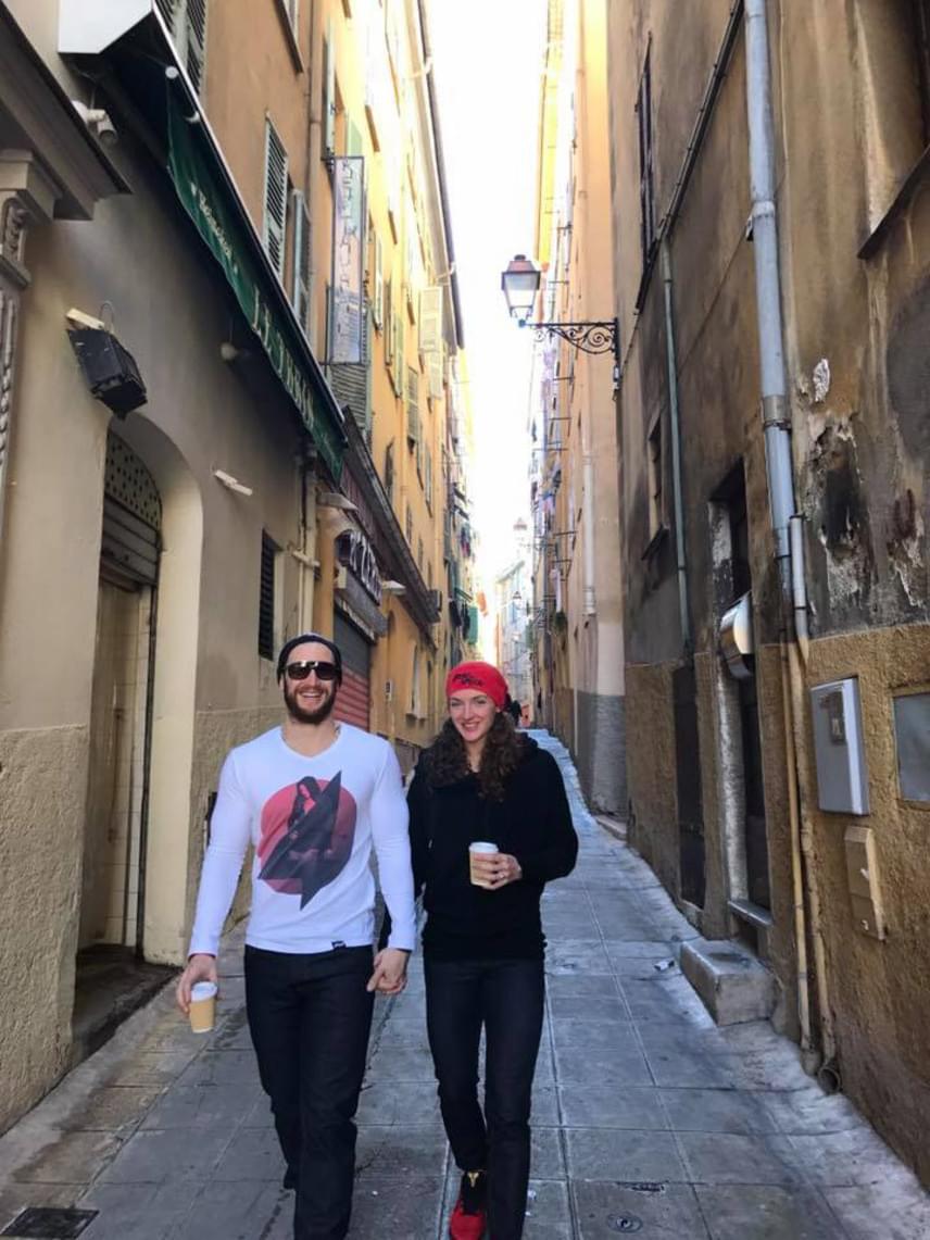 """""""Ritka napok egyike, amikor van egy kis időnk várost nézni Nizzában"""" - írta a kép mellé az Iron Lady."""