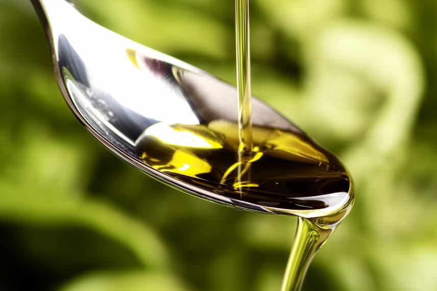 Az említett kutatók szerint nem mindegy az sem, a D-vitaminban gazdag táplálékokat miként fogyasztjuk, mivel ugyanis zsírban oldódó vitaminról van szó, fontos, hogy zsírokat is tartalmazzon az adott étkezés. Érdemes például alacsony zsírtartalmú joghurtot fogyasztani, de jó választást jelent az olívaolajos dresszing és az avokádó is kiegészítőként.