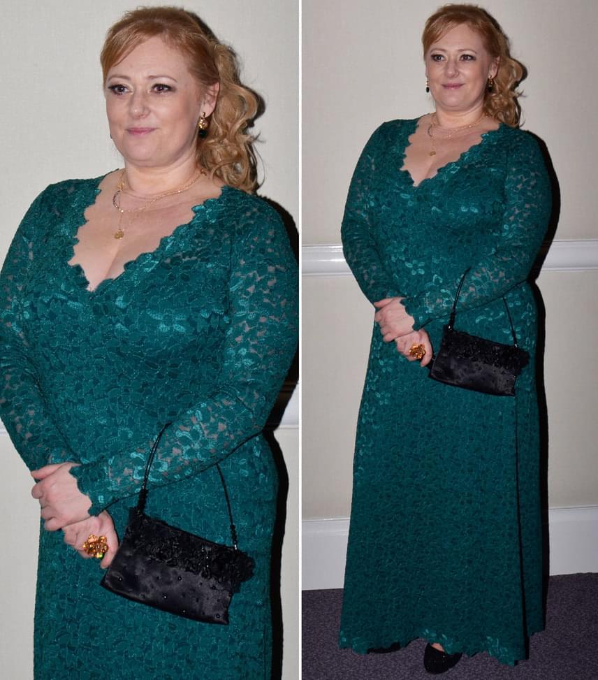 Cseke KatinkaA Jóban Rosszban színésznője egy Lukéj Gabi által megálmodott zöld csipkeruhát viselt.