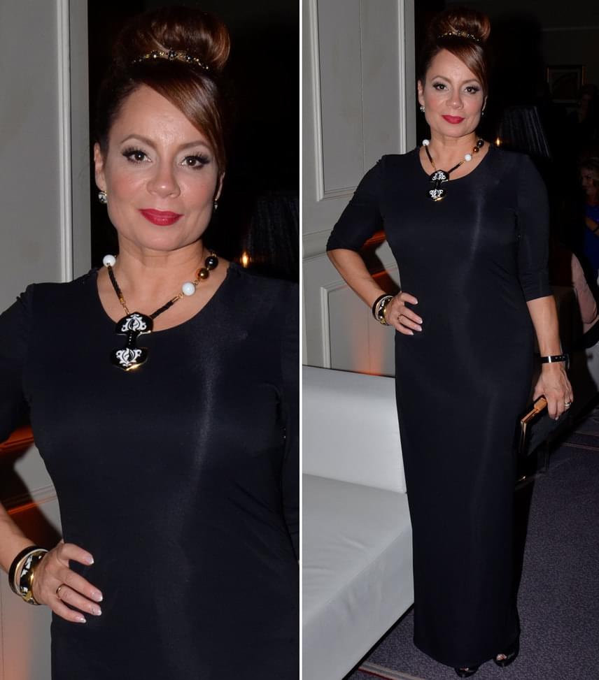 Csisztu Zsuzsa  Az ATV műsorvezetője testhezálló, fekete Maison Marquise ruhájához a ZEMA porcelán ékszerkülönlegességeit választotta.