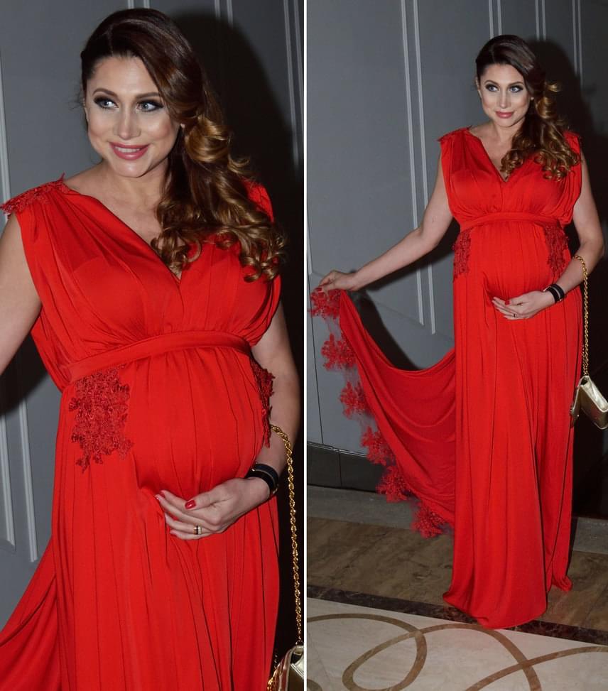 Horváth ÉvaAz első gyermekével várandós modell-műsorvezető csak úgy ragyogott az Exotic tűzpiros darabjában.