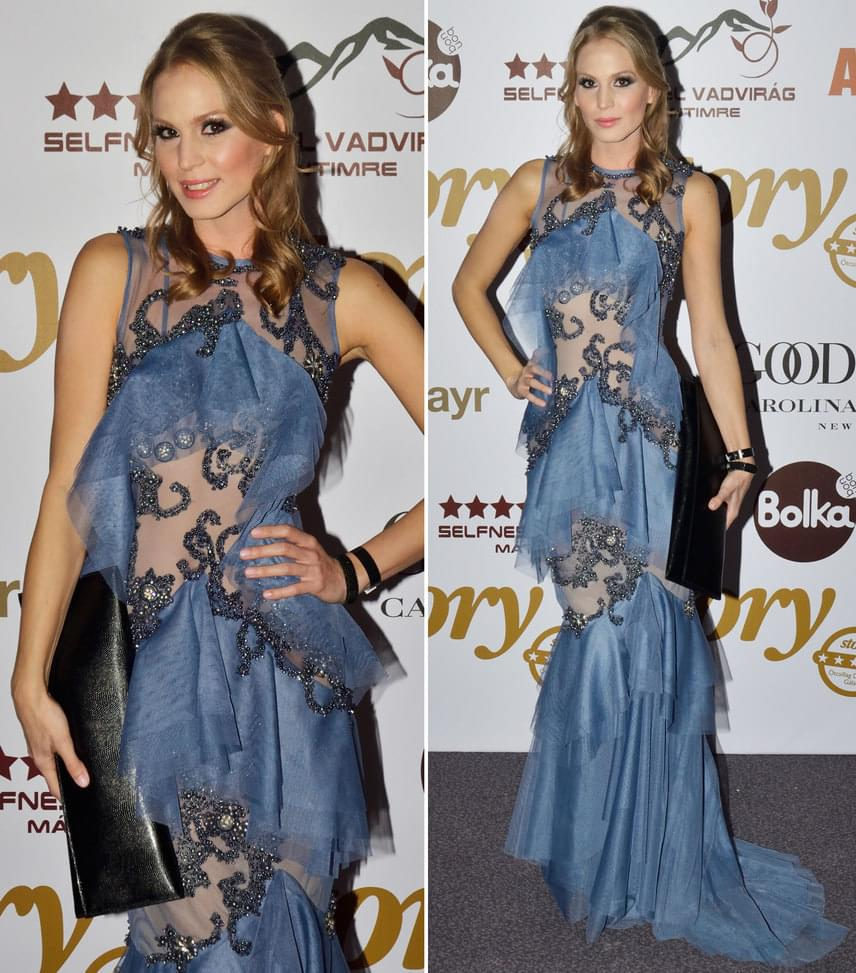 Nagy AlexaA Barátok közt színésznője az idei évben is Marija Sabic szerb divattervezőnőtől választott alkalmi ruhát - ezúttal egy jégkék színűt.