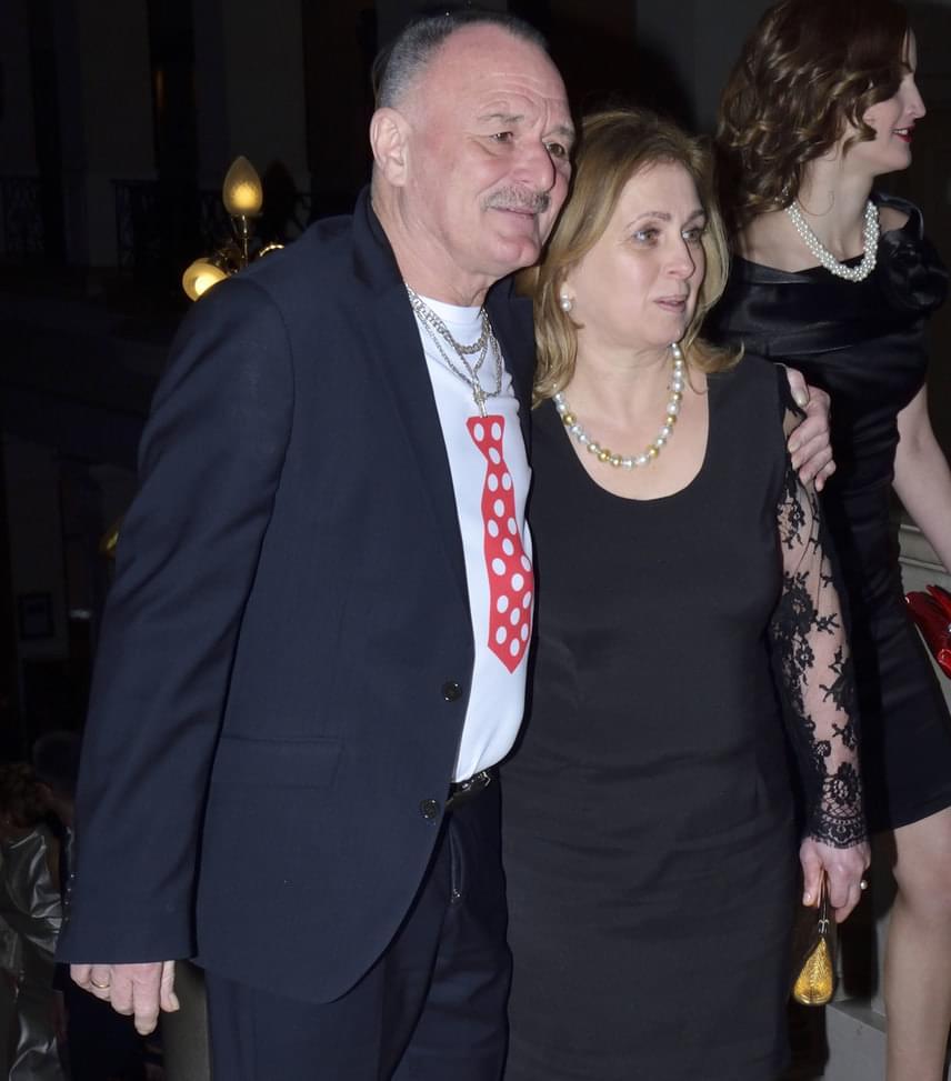 Nagy Feró és felesége  A Beatrice énekese már 35 éve él boldog házasságában Ágival, természetes, hogy a 18. Story-gálára is együtt érkeztek.