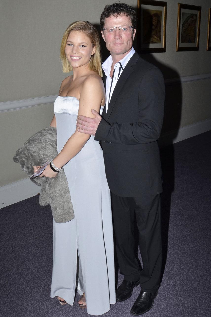 Stohl András középső lányával, Rebekával jelent meg a 18. Story-gálán.