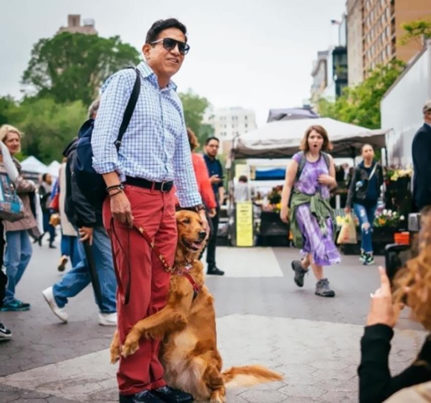 Fernandez-Chavez, a kutyus gazdája először egy szakítás után tapasztalta meg az óriási, vigasztaló szeretetet, amit később Loubie másoknak is teljes szívvel adott meg.