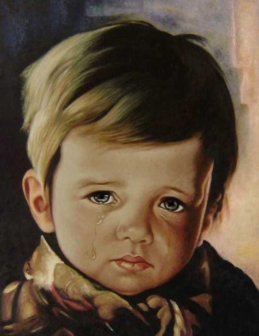 A síró fiú sorozat                         Eredetileg szuvenírképek gyanánt festette Giovanni Bragolin a képsorozatot olasz árvákról , ám ekkor még nem tudták, hogy paranormális események sora zajlik majd körülöttük. 50 feljegyzett tűzesetben csakis a síró gyerekek portréi maradtak épen: nincs magyarázat, hogyan történhetett ez meg.