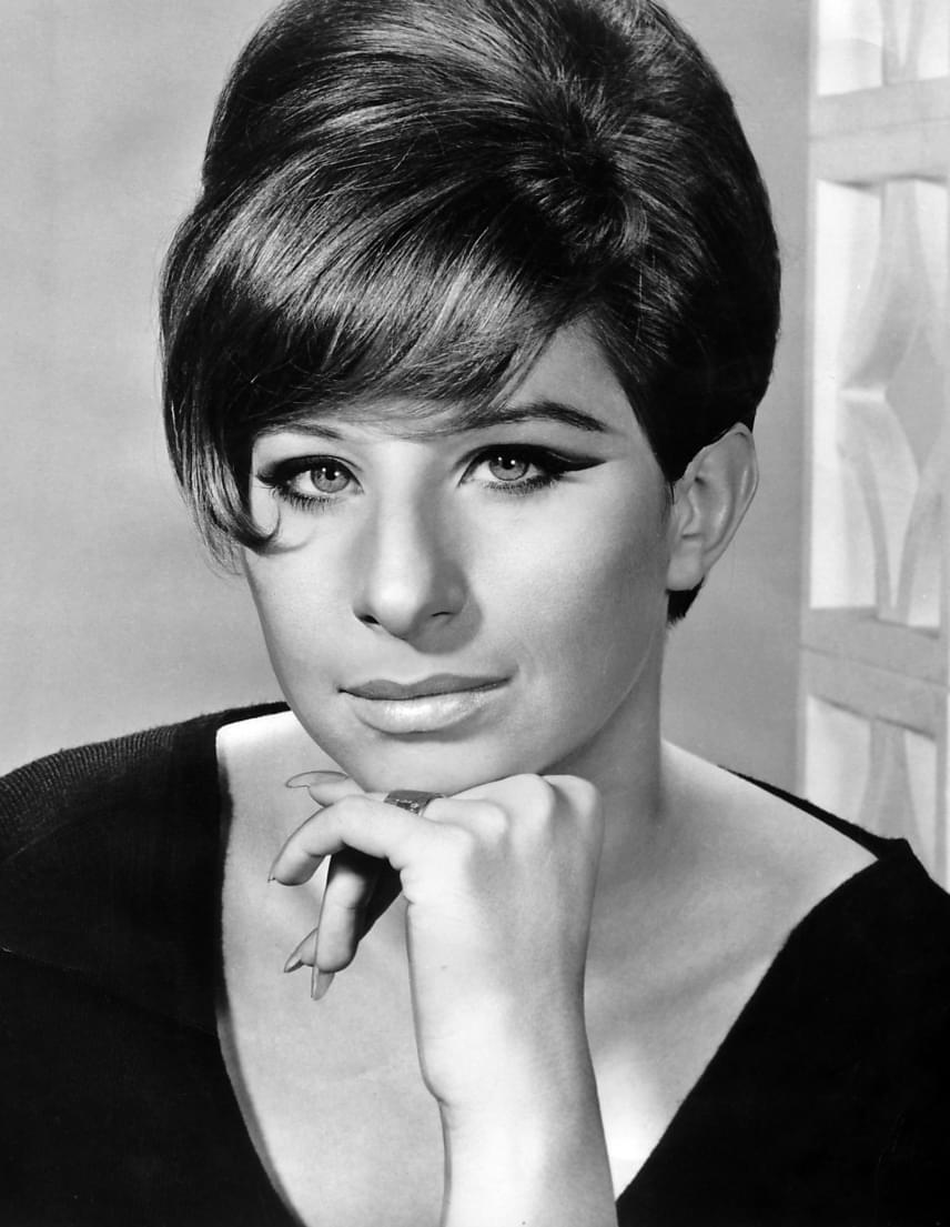 Károly herceg leghíresebb állítólagos titkos szeretője nem más, mint Barbra Streisand volt, akivel 1974-ben a Funny Lady forgatásán ismerkedett meg. Károly herceg direkt azért ment a Columbia stúdióba, hogy a nála hat évvel idősebb énekesnővel találkozhasson. Kávéztak egyet, és közben 20 percen át beszélgettek, de Streisand nagyon ideges volt. 1994-ben találkoztak újra, majd ugyanabban az évben Károly herceg Los Angelesbe utazott, légyottjaikra pedig a Bel Air Hotelben került sor.