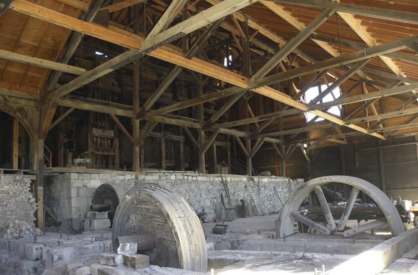 A bányászathoz használt zúzómalom remek állapotban van, és a történelmi negyed leglátogatottabb épülete. 1971-ben az egész város az Amerikai Történelmi Örökség tagja lett.
