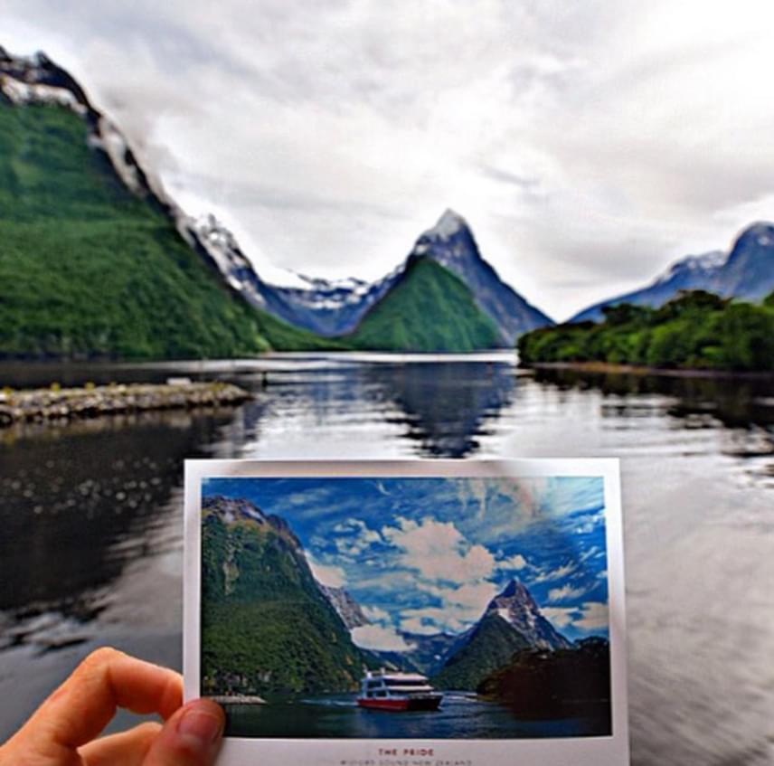 Előadásokat is tartott több ország egyetemein a fenntartható turizmusról.
