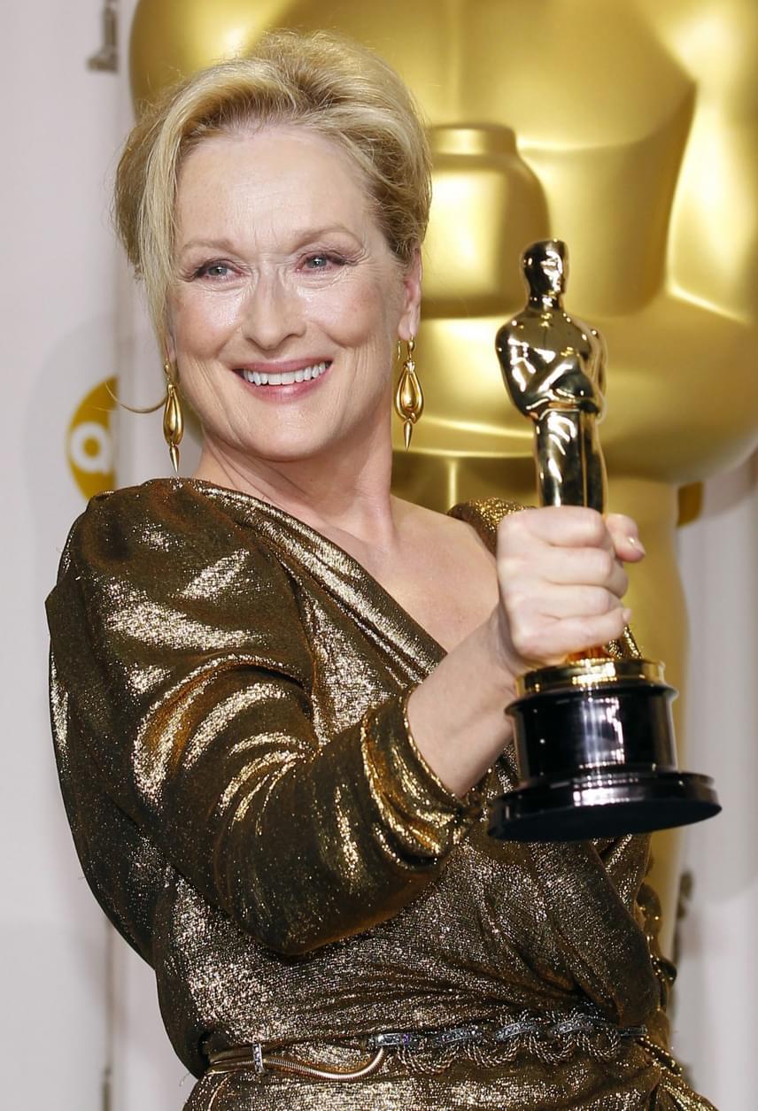 Meryl Streep elképesztő Oscar-rekordját a közeljövőben biztosan senki sem fogja megdönteni: a 67 éves amerikai színésznő 2017-ben ugyanis huszadik Oscar-jelölését kapta meg a Florence Foster Jenkins című filmben nyújtott alakításáért. Első jelölését 1979-ben A szarvasvadászért kapta, az aranyszobrot pedig háromszor vehette át: a Kramer kontra Kramer, a Sophie választása és A Vaslady című filmekért.