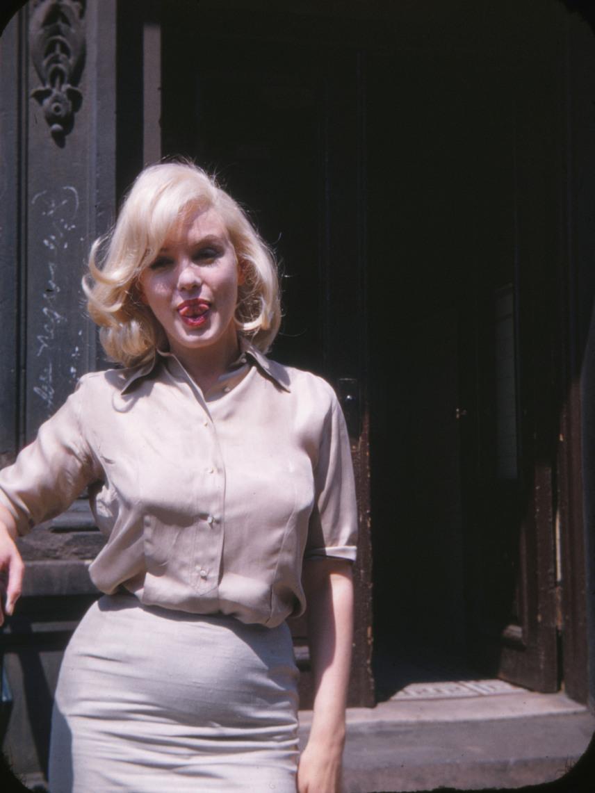 A pici apja nem is Monroe férje volt, Arthur Miller, hanem a színésznő francia szeretője, Yves Montand, akivel nagyon is nyilvános viszonyt folytatott.
