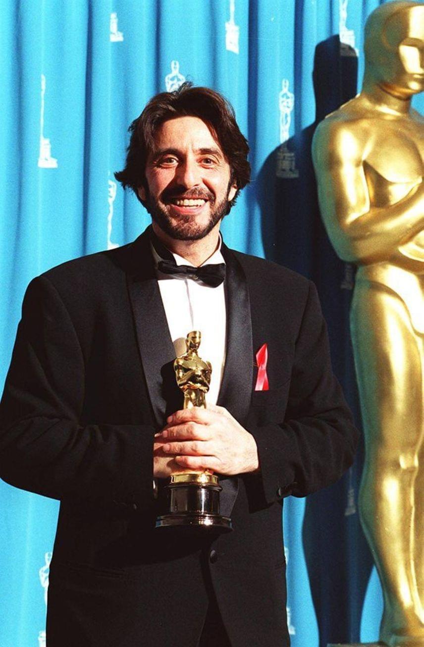 Al Pacino generációjának kivételes tehetségű színésze, akivel szintén hosszú ideig játszadozott a Filmakadémia. Először 1973-ban jelölték A Keresztapáért, de csak 20 évvel később vehette át a díjat az Egy asszony illata című filmdrámában nyújtott alakításáért. Ez volt a nyolcadik jelölése - a Serpicóért, A Keresztapa második részéért vagy A kánikulai délutánért például nem találták méltónak az elismerésre.