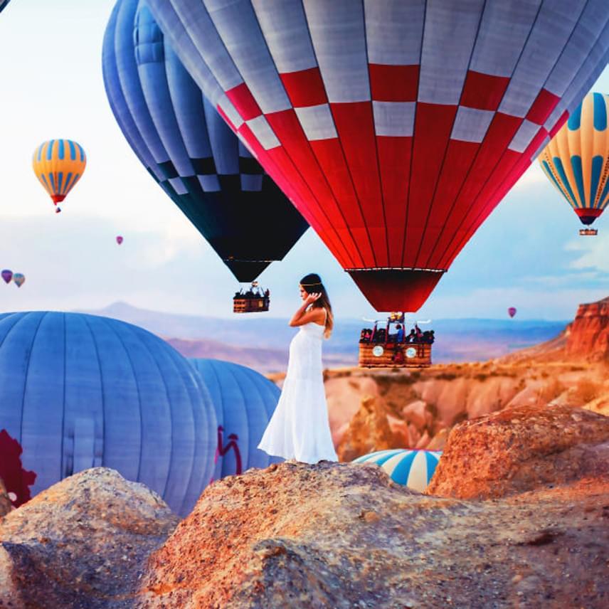 Ezen a területen mindennap tömegével engedik fel a hőlégballonokat.