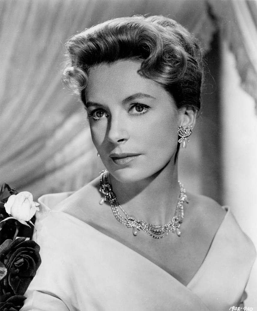 Deborah Kerr 2007-ben hunyt el 86 éves korában, és habár hat alkalommal jelölték Oscar-díjra, egyszer sem kapta meg az aranyszobrot, ehelyett 1994-ben életmű-díjjal kárpótolta a Filmakadémia. Első jelölését 1950-ben kapta, az utolsót pedig 1961-ben, de mindig más happolta el előle a díjat.