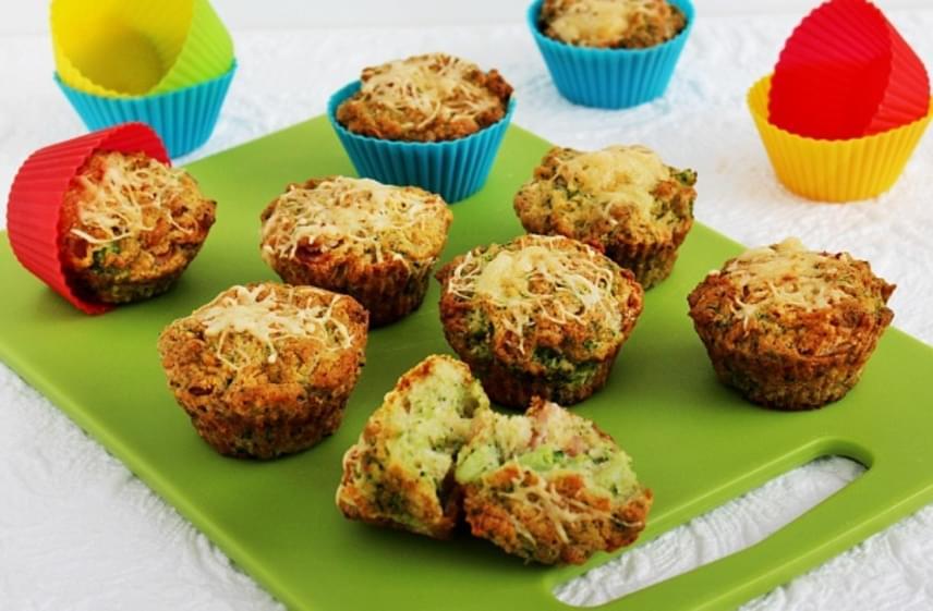Brokkolis-sajtos muffinImádod a muffinokat, de egy kicsit már unod a sok édes tésztát? Süsd meg ezt a fantasztikus sós, zöldséges változatot. Különleges, omlós, laktató, így akár tízóraira is csomagolhatsz belőle. A többi muffinhoz hasonlóan nincs semmi bonyolult ebben a sütiben. Próbáld ki te is ezt a receptet!
