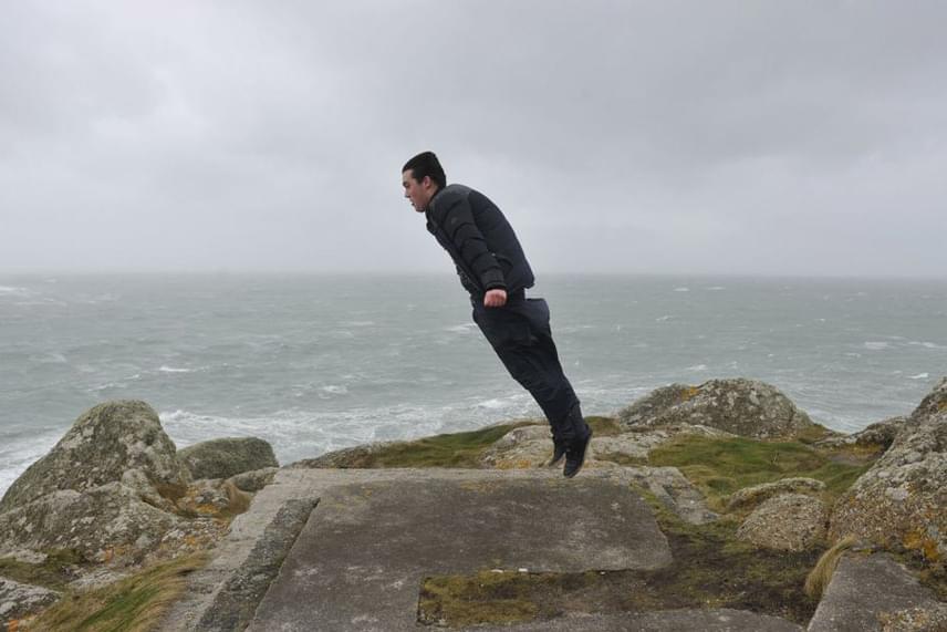 """""""Ilyen erős a szél a brit tengerparton"""" - írta a feltöltő a képhez."""